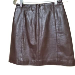 Hugo Buscati Collection 100% leather mini skirt